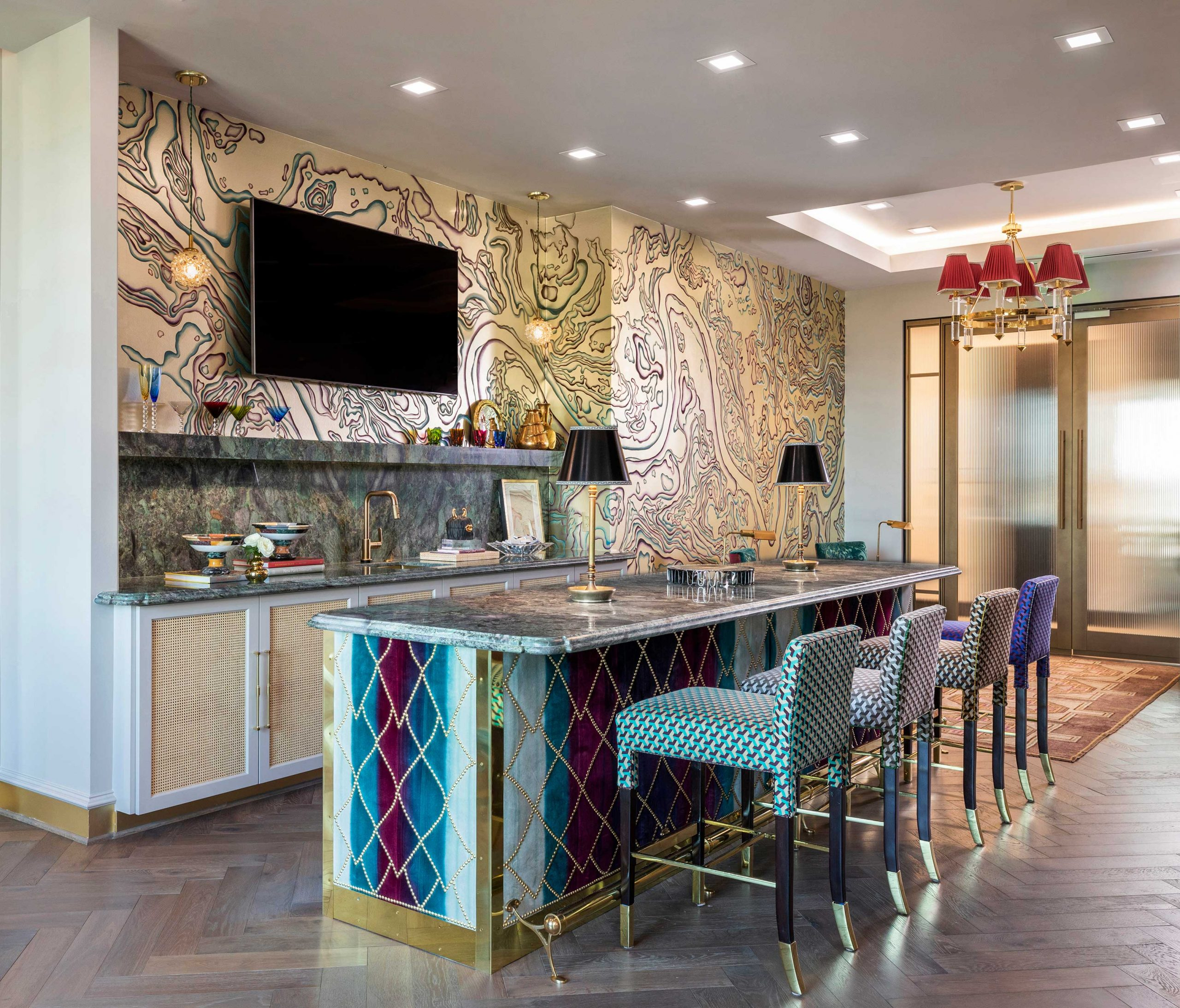 exotic wallpaper and kitchen island - Creative Tonic