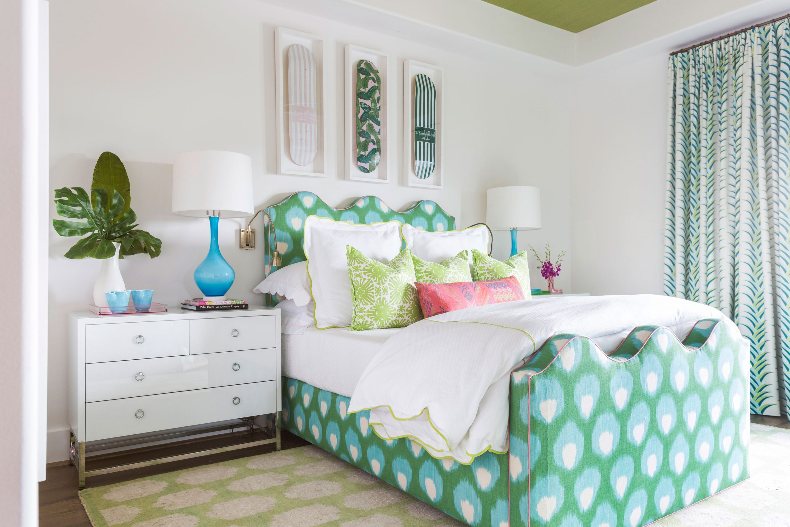bright bedroom with green accents - Creative Tonic