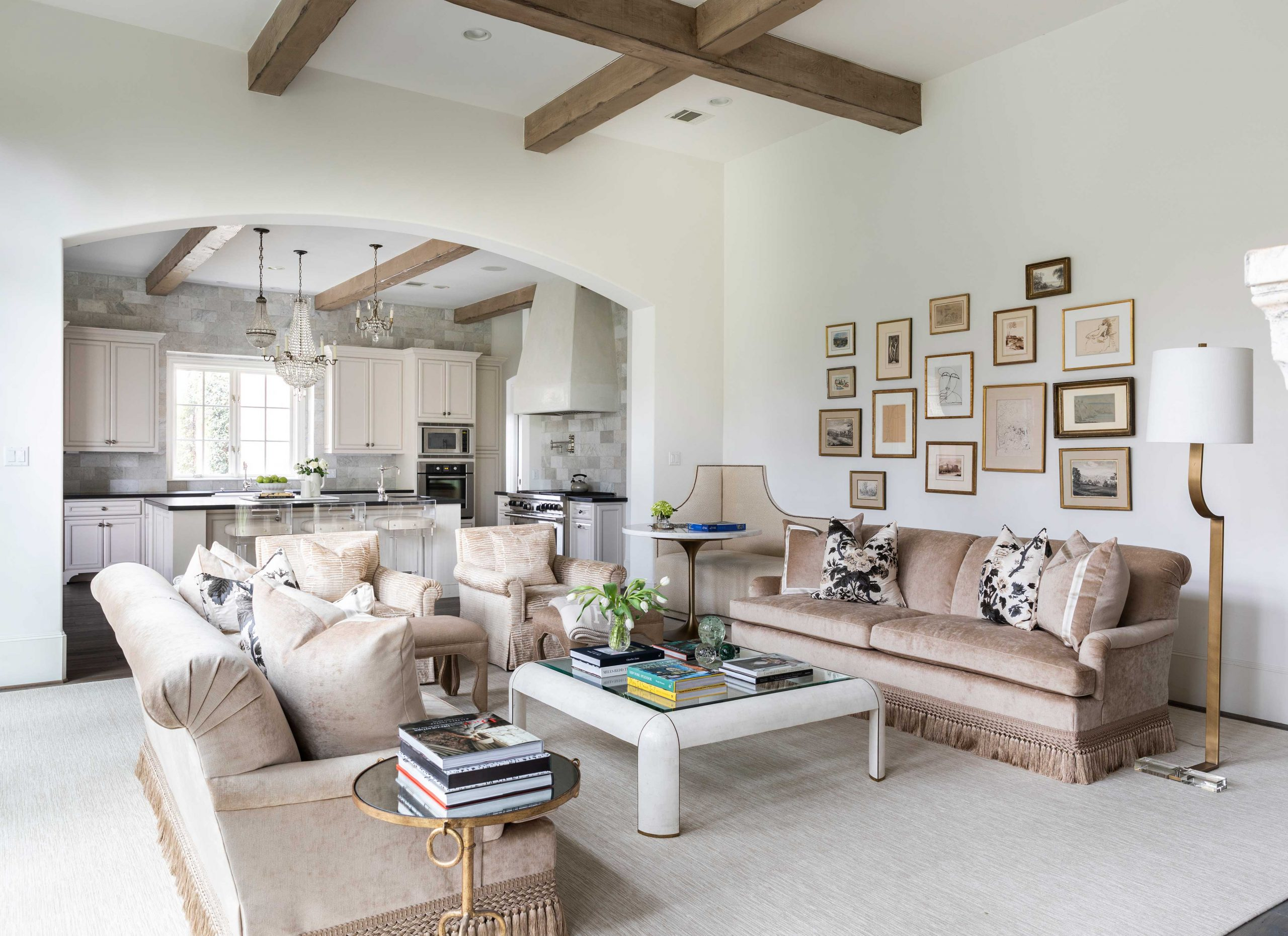 white and brown living room - Creative tonic